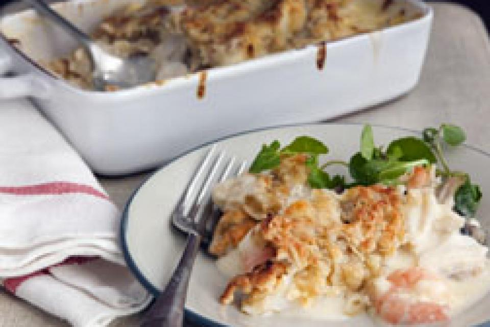 Smoked Fish Pie with Cheesy Crumble